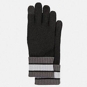 🆕 Coach Varsity Stripe Knit Tech Gloves